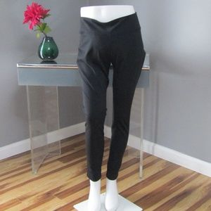 NWOT GAP Maternity gfast Black Workout Leggings XL
